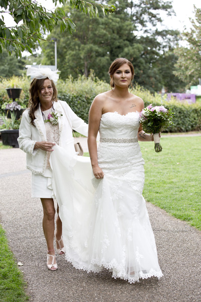 West Bridgford bride and mother arrive