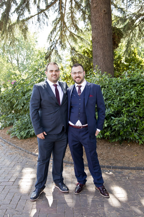 Groom and bestman in west bridgford park