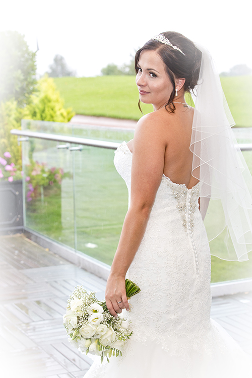 beautiful bride at nottingham wedding